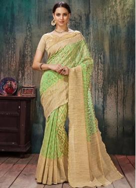 Transcendent Resham Work Trendy Classic Saree