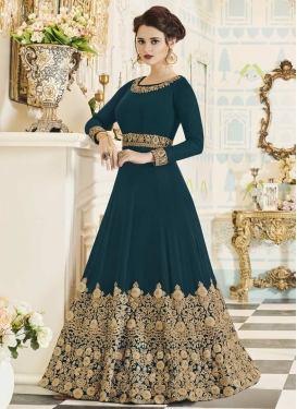 Trendy Anarkali Salwar Kameez For Festival