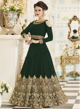 Trendy Anarkali Salwar Kameez For Party
