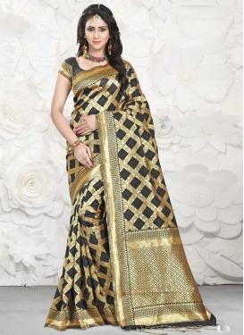Trendy Saree For Ceremonial