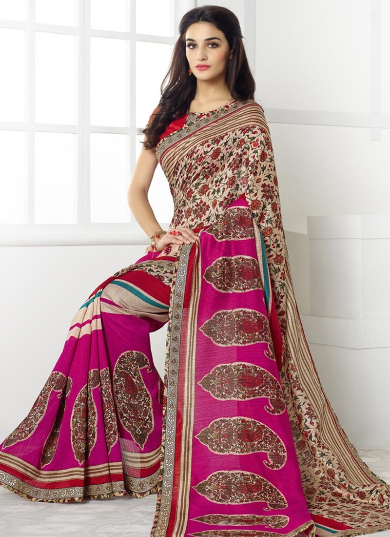 Vehemently Digital Print Work  Linen Casual Saree