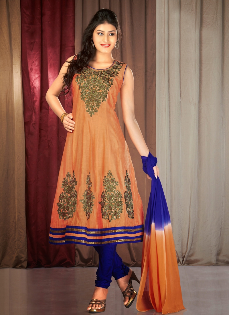 Vibrant Lace Work Readymade Party Wear Salwar Suit