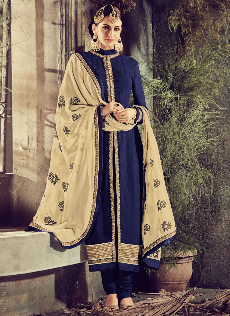 Vibrant Navy Blue Color Pakistani Salwar Kameez