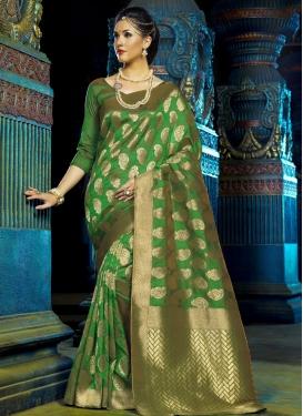 Winsome Thread Work Art Silk Trendy Classic Saree